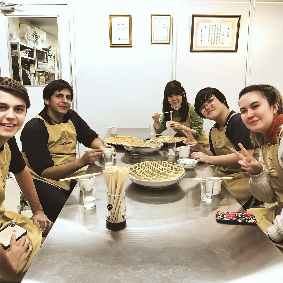 Kyoto Japanese Language School JaLS making soba noodles group activity